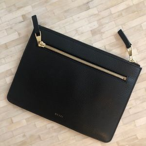 Mezzi black leather clutch